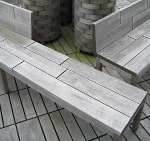 Gartenmobiliar aus Holz